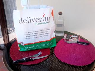 Deliverum y Los Bonvivant